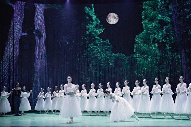 Giselle - Grands Ballets Canadiens