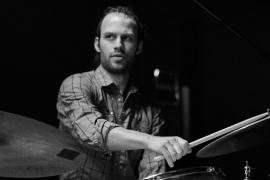 Le bon plan jazz: Le projet du batteur Mark Nelson, Sympathetic Frequencies